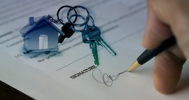 signing a home mortgage
